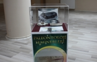 """KMÜ'de """"Yaşayan Fosiller"""" Konferansı Verildi"""