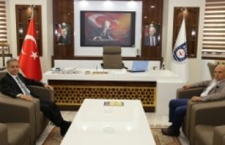 Vali Tapsız'dan Başkan Çalışkan'a Ziyaret