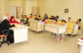 Çocuk Ve Gençler İçin Yaz Kursları Devam Ediyor