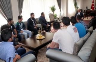 Genç Çiftçi Adaylarından Vali Tapsız'a Ziyaret