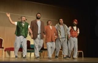 Karaman Seyircisi Pijamalı Adamları Sevdi