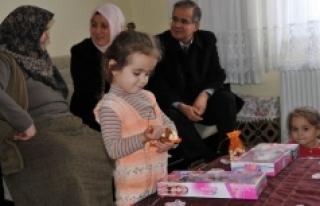 Vali Tapsız'dan Şehit Nihat Akman'ın Ailesine...