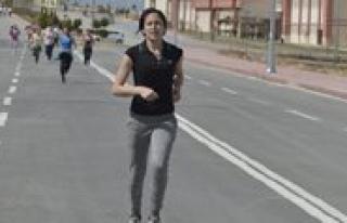 KMÜ'de Atletizm Yarismasi