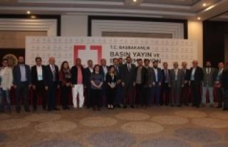 Mustafa Akış: Türk Milleti A Sınıfı Demokrasiyi...