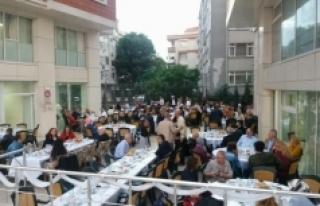 Gurbetteki Karamanlılar İkev'in İftarında Hasret...