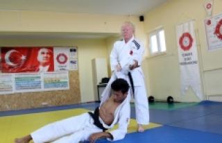 Albino Hastası Judocu Cahide'nin Hedefi Gençlik...