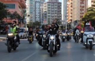 Motosiklet Kullanıcıları Farkındalık Korteji...