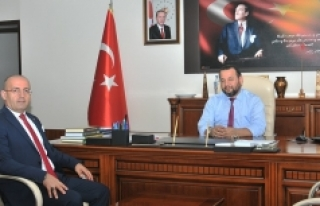 Divapan Genel Müdüründen Rektör Akgül'e...
