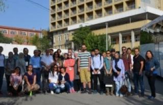 """İpek Yolu'nda """"Türk Kervansarayları Kültür..."""