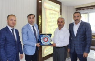 Judo Federasyonu Başkanı Huysuz Karaman Belediyesi'ni...