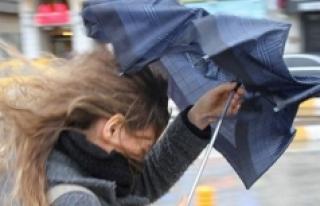 Karaman İçin Kuvvetli Rüzgar Ve Fırtına Uyarısı