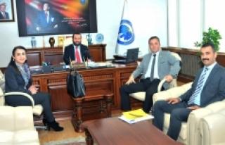 Vakıfbank Karaman Şubesinden Rektör Akgül'e...
