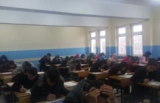 Anadolu Gençliği Efendimizin İzinde Sınavını...