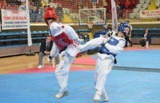Kulüpler Türkiye Taekwondo Şampiyonası Isparta'da...
