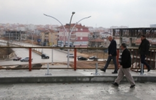 Başkan Çalışkan Sanayi Köprülü Kavşağı'nda...