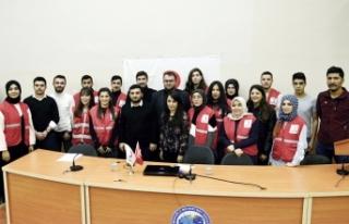 Genç Kızılay Öğrenci Topluluğundan Gönüllülük...