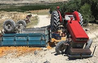 Traktör Römorku Devrildi: 1 Ölü, 9 Yaralı