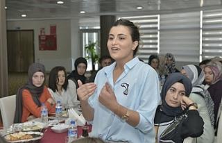 Rektör Akgül,Öğrenci Toplulukları İle Bir Araya...