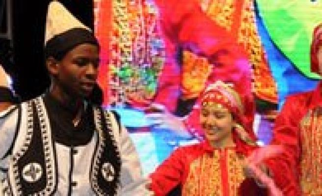Türkçe Olimpiyatlarinin Özel Final Gösterisi Yapildi
