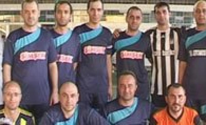 Simsek Bisküvi'nin Futbol Turnuvasi Sona Erdi