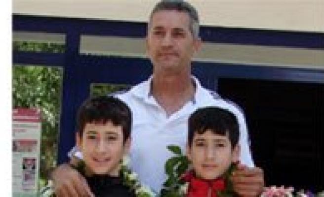 Selahattin Akbas, Bakan Kiliç'in Iftarina Katilacak