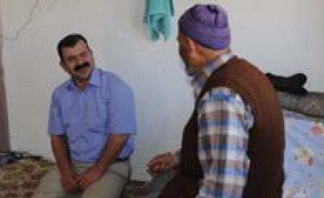 Karaman Belediyesi Bakima Muhtaç Yaslilara Evinde Bakiyor