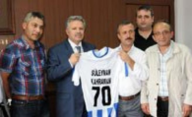 70 Karamanspor Yönetim Kurulundan Vali Kahraman'a Ziyaret