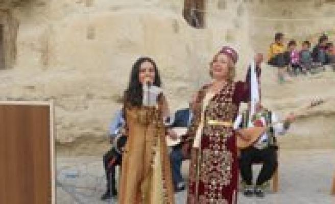 Bursa Doburca Türküleri Kültür Ve Egitim Dernegi Taskale'deydi