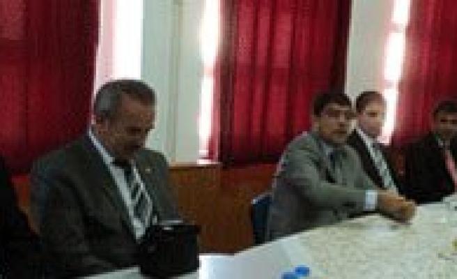 Milli Egitim Müdürü Aksoy Ermenek Ilçesini Ziyaret Etti