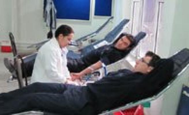 PTT'den Kan Bagisina Destek