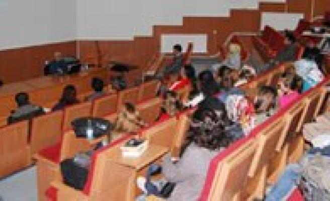 Üniversitede Farkindalik Semineri Verildi