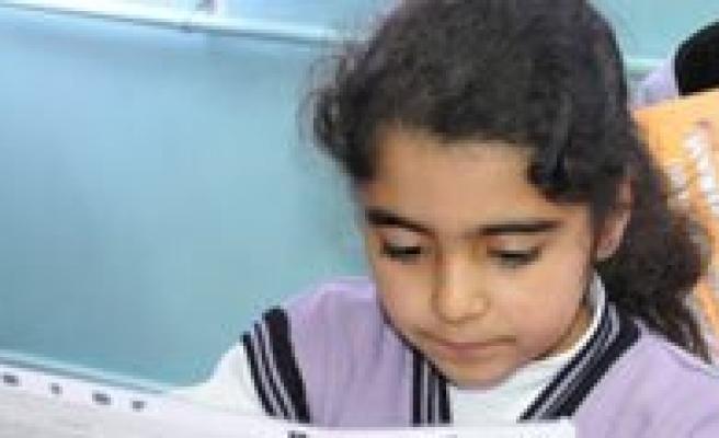 Dikdere: Zayif Karnesi Olan Çocuga Yüklenmeyin