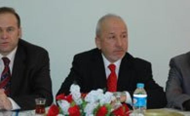 """Milletvekili Akgün: """"Karaman'a Bölgesel Kargo Havalani Yapilmasi Için Girisimler Baslattik"""""""