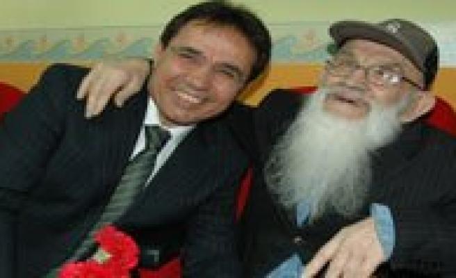 Karaman Emniyet'inden Huzurevi Sakinlerine Ziyaret