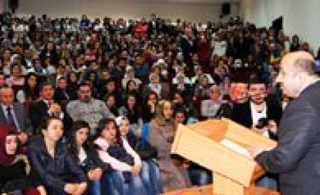 KMÜ'de Ömer Döngeloglu, Peygamber Efendimizi Anlatti