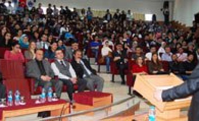 Üniversitede Yerel Yönetimler Reformu Anlatildi
