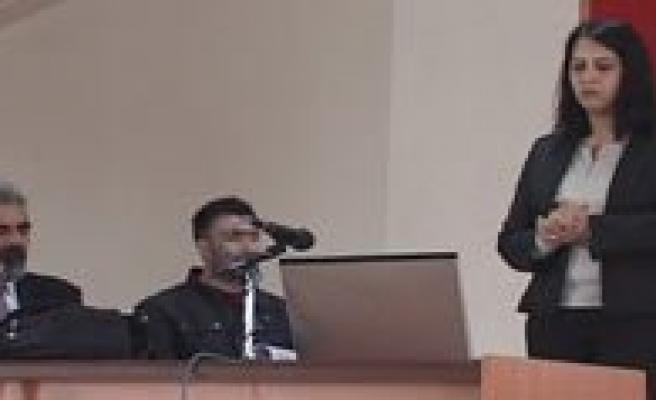 Karaman-Ulukisla Arasi Demiryolu Çift Hat Yapim Projesi Toplantisi Yapildi