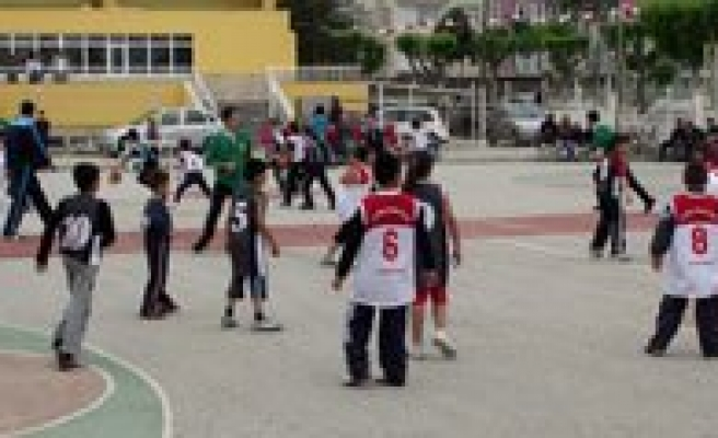 Sokak Basketboluna Ilgi Yogundu