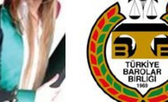 Türkiye`de 88 Bin Avukat Görev Yapiyor