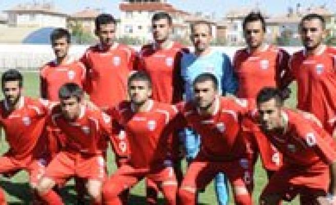 Karaman Belediye Spor Konya Selçuklu'yu Agirliyor