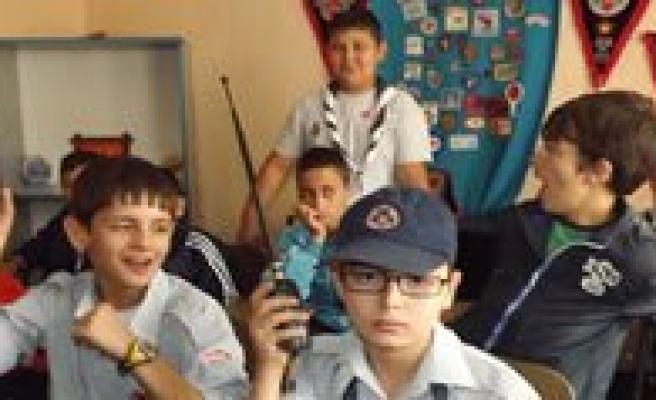 Gençlik Ve Spor Kulübü Izcilerinden Jota/Joti Faaliyeti!