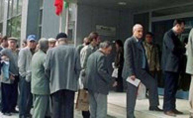 Binlerce Emeklinin Bekledigi Haber