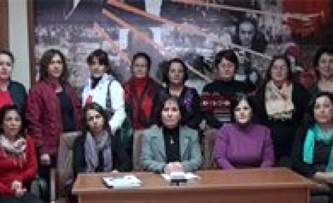 Kadin Dernekleri: Seçmek Yetmiyor, Seçilmek Ve Yönetmek Istiyoruz