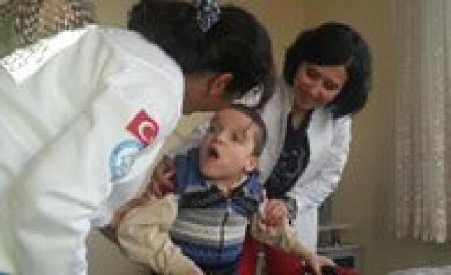 Dünya Engelliler Gününde Hastalarini Unutmadilar