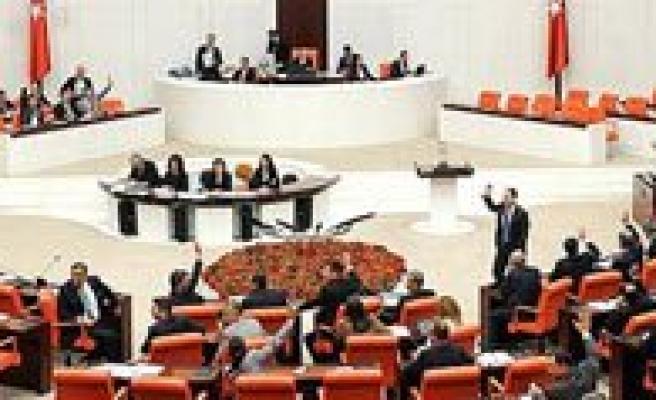 Eger Yasalasirsa Vatandas Artik Milletvekilini Sikayet Edebilecek