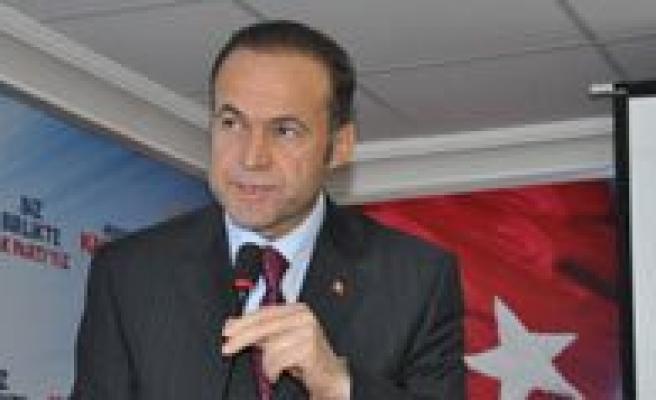 Ak Parti Karaman'da Siyaset Akademisi Açti