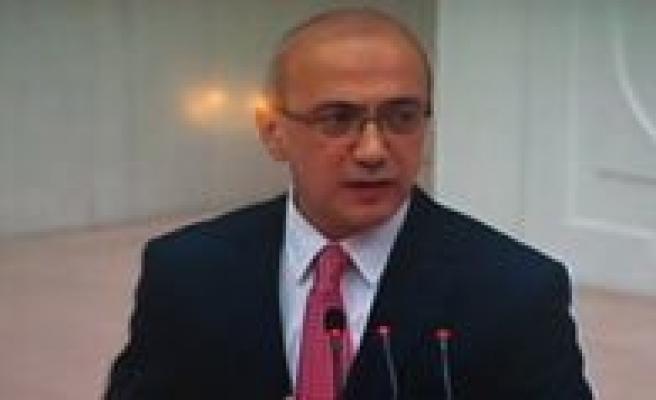 Elvan: Türkiye Degisime Ayak Uyduran Ülkelerin Basinda Geliyor