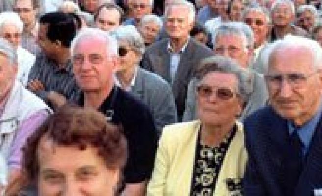 Emekli Olup Da Çalisana Af Geliyor!