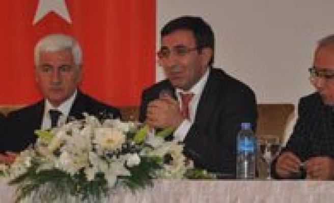 """Kalkinma Bakani Cevdet Yilmaz:  """"Karaman'in Ihracatta 1 Milyar Dolari Hedeflemesi Lazim"""""""