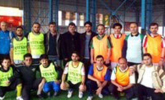 DIGES Karaman Subesi Ilçeler Arasi Hali Saha Futbol Turnuvasi Basladi